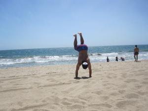 beach handstand malibu